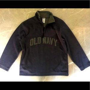 Old Navy boy's fleece top with logo, size 12